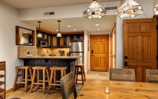 Town Lift Condominium bar