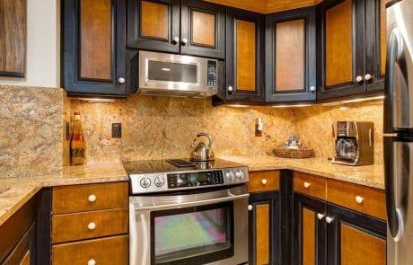 Town Lift Condominium kitchen